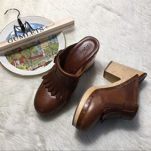 Madewell The Classic Fringed Leather Clog 7